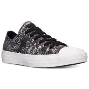 NWB Converse 544997f Sneakers